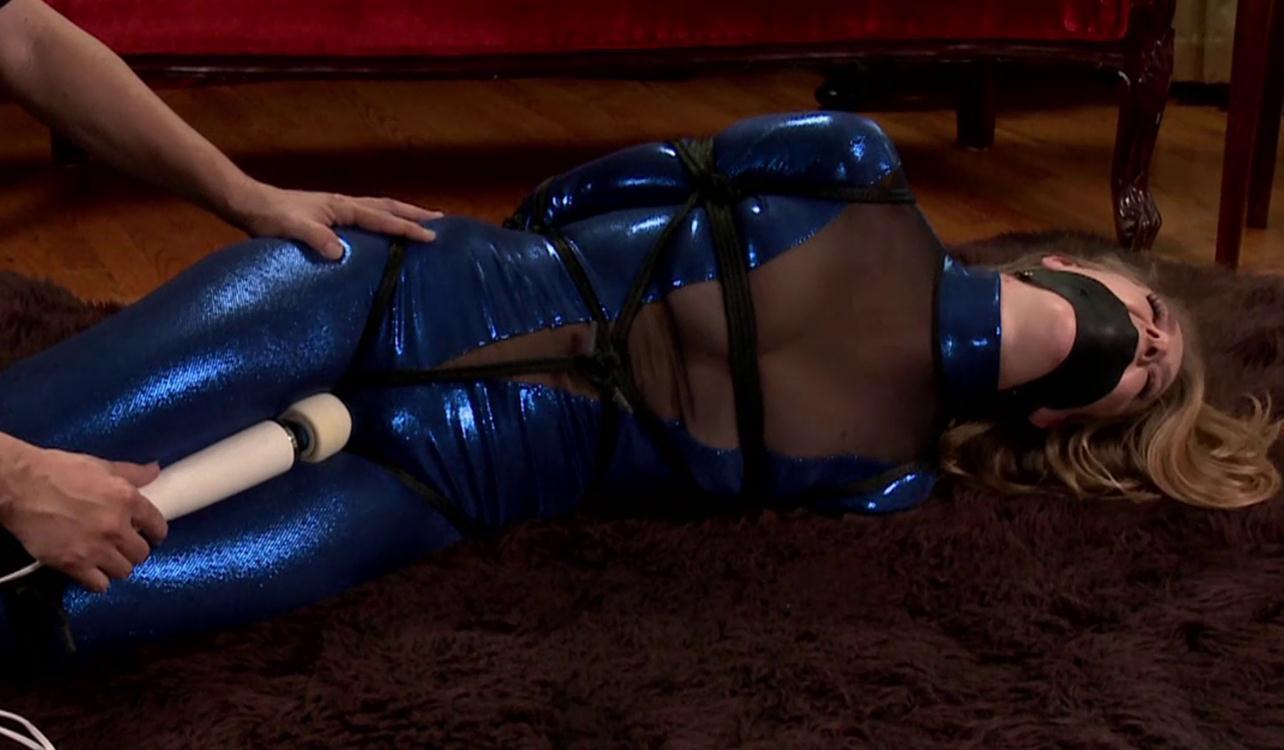 Ashley Lane loves to be tied up tightly - Rope Bondage – Feeling Blue