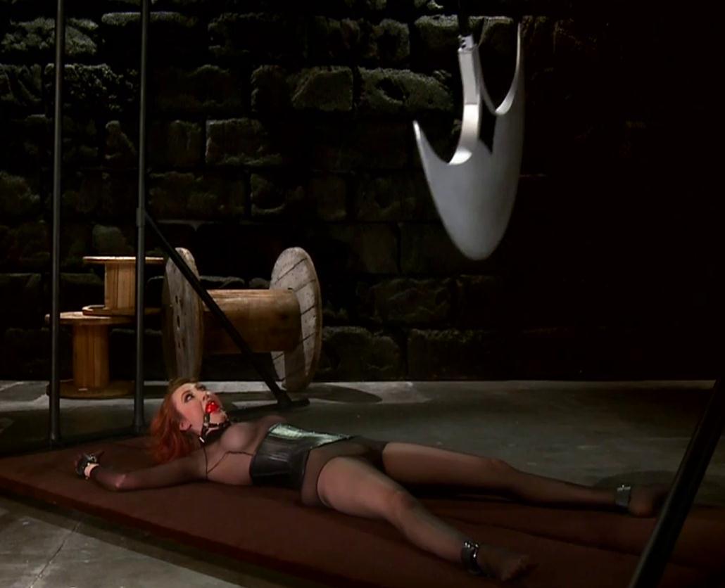 Female bondage - The Adventures of O-girl and Nylonika - Razor sharp pendulum Ch 2