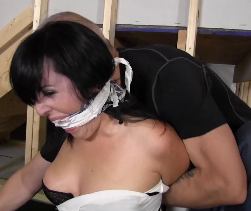 Dixie Comet gndbondage – Naked Dixie is tied up tight with her torn off clothes - Extreme bondage