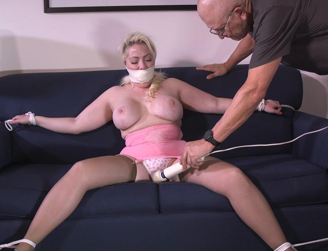 Rope bondage - Dolce constantly flirted step father gndbondage – His thick and curvy step daughter wanted to be tied up