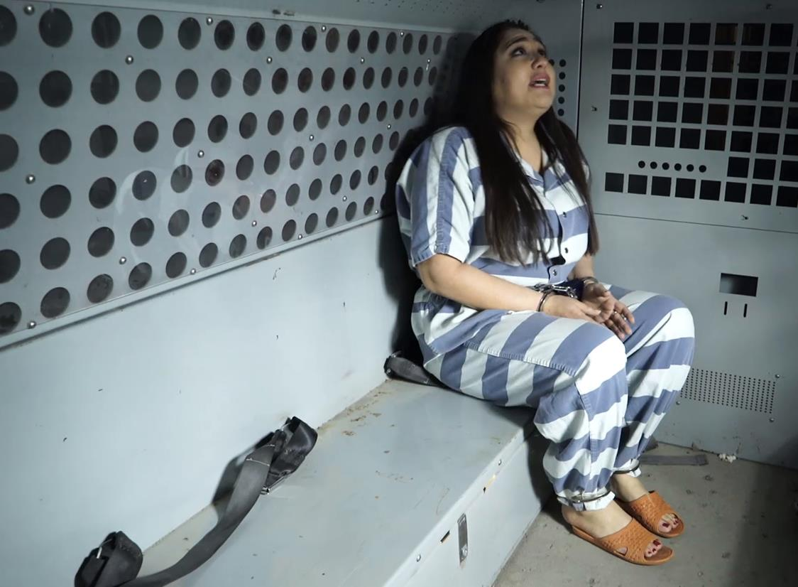 Handcuffs bondage - Vida Bristol is arrested before her meeting - Part 4 of 4 - Metal bondage