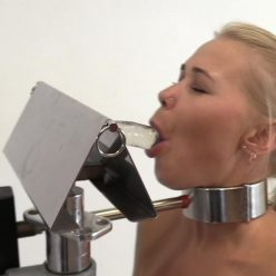 Test new bomdage equipment - Darina Nikitina – The Blowjob Machine!