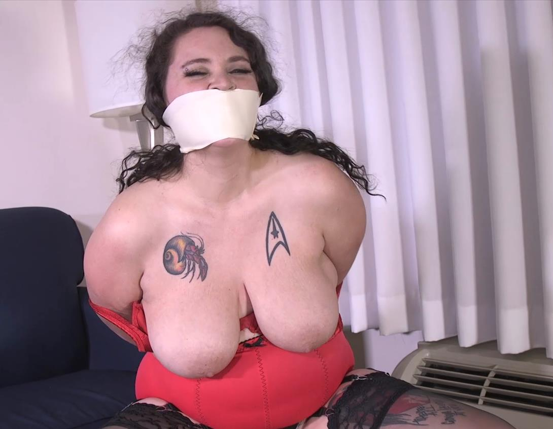 Johnny Starlite is bound and gagged, her pussy is vibed gndbondage – Tie me down and gag me! Make me squirt in my panties GNDB0468