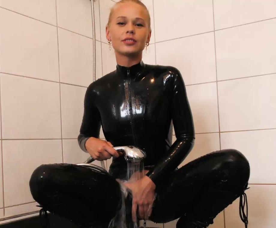 Self Bondage - Cuffed Darina Nikitina with Masked and Pumped - She cuff and gag herself
