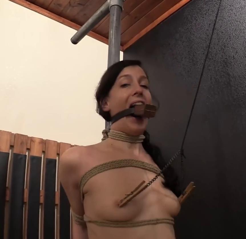Tight Bondage - Elise discovers herself cruelly bound around a solid steel pole - Bondage Life – Elise's Pole Tie – Elise Graves