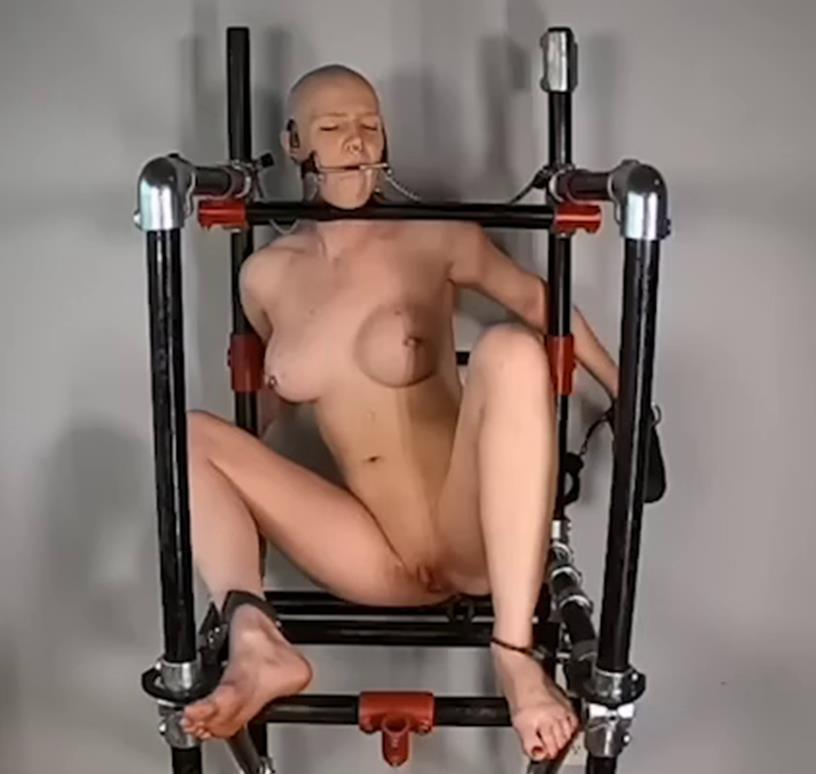 Bondage Life – The 12-Hour Display (Part 2/4) - Helpless slave Rachel Greyhound - The pipeline chair!