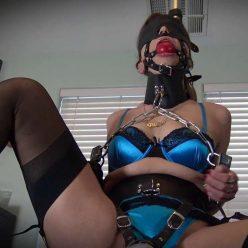 Belt Bondage - Shiny blindfolds and gags Gypsy Bae - Leather Bound Orgasms - Shinybound